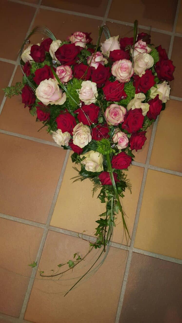 Blumen-Luz Altensteig Trauerschmuck