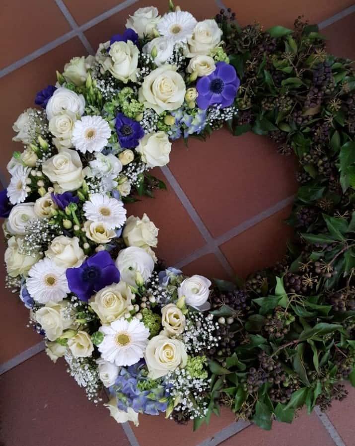 Blumen-Luz Altensteig Trauerschmuck Flroistik (2)