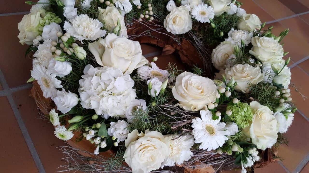 Blumen-Luz Altensteig Trauerschmuck Flroistik (5)
