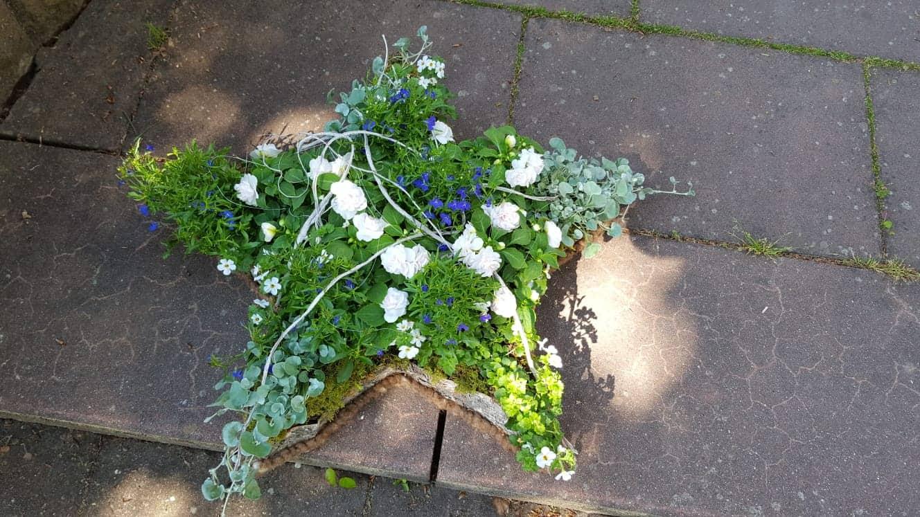 Blumen-aLuz Altensteig Trauerschmuck 2020